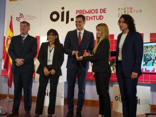 Prime Minister of Spain hands award